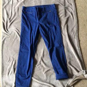 Blue capris with zipper pockets